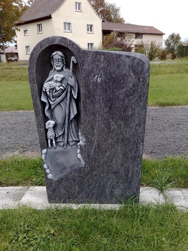 Grabstein einzel 077