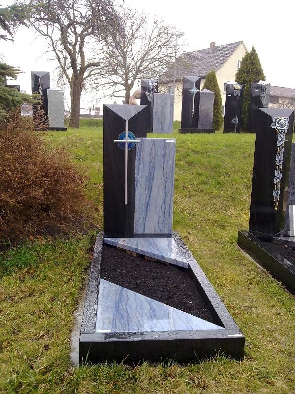 Grabstein einzel 082