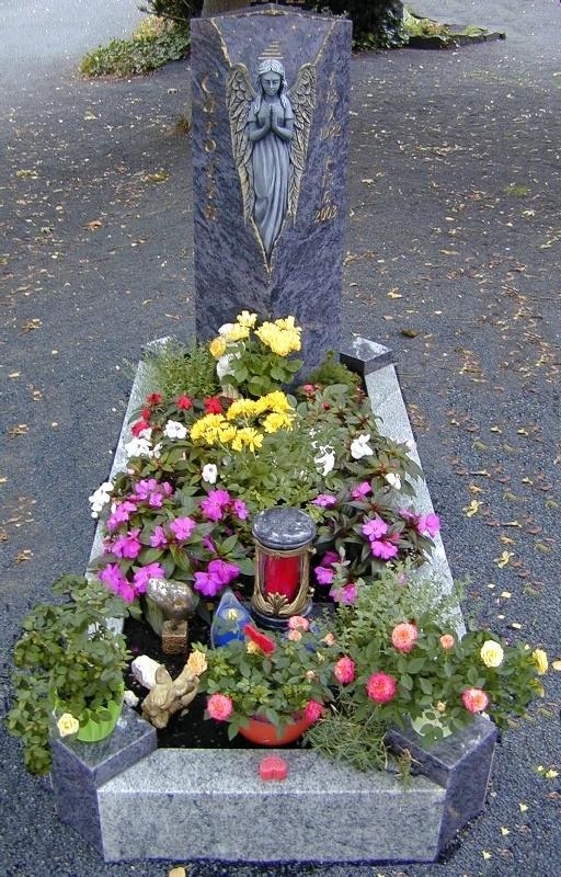 Grabstein einzel 086